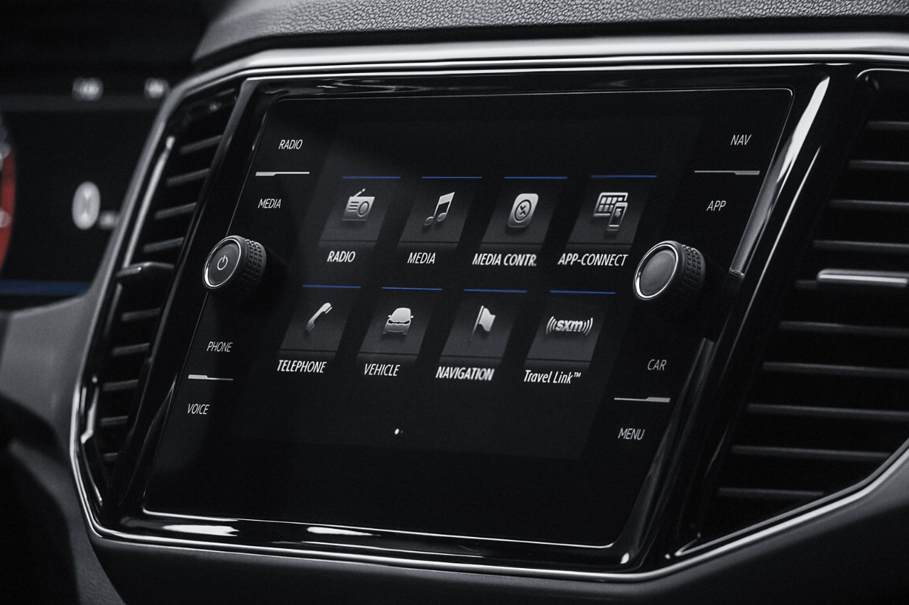 8 inch touchscreen display