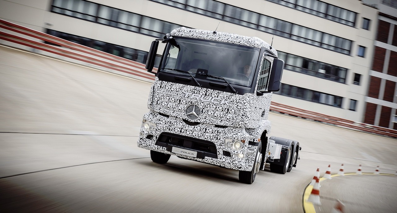 Mercedes-Benz Truck Prototype