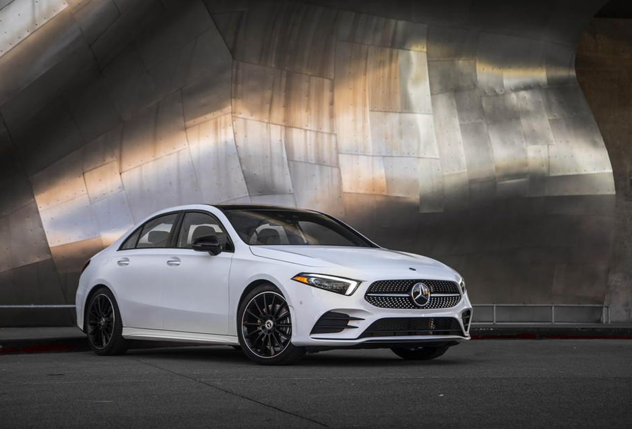 Mercedes Benz Dealers In Nj >> Mercedes Benz Of Charlottesville Luxury Car Dealer Near Me