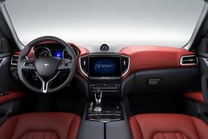 Maserati Ghibli Dash