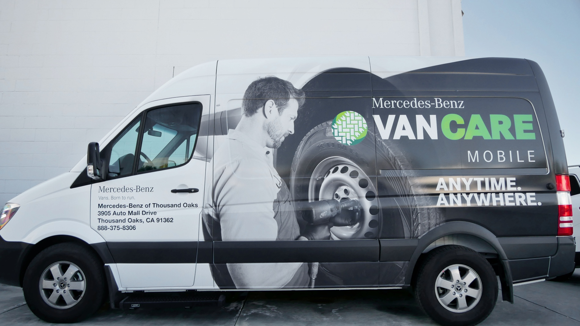 Mercedes Mobile Service Van